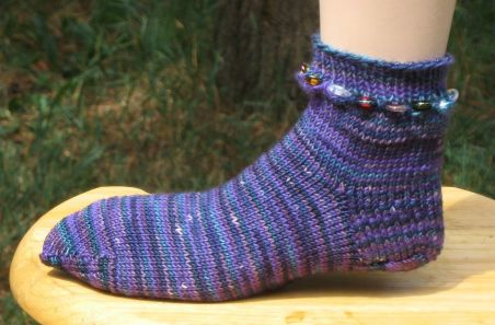 Knitting Socks On Circular Needles Pattern : SOCK KNITTING PATTERNS CIRCULAR NEEDLES FREE PATTERNS
